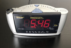 Emerson Research SmartSet Time Projector Dual Alarm Clock Radio AM/FM CKS3528