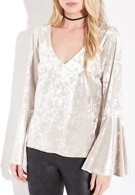 4l Crystal (Karen Kane 4L97518 Champagne Ivory Stretch Crystal Velvet Bell Sleeve Top - $98)