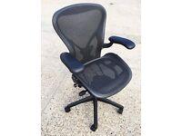 **** Herman Miller Chair ****