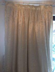 228cm x 228cm cream leaf curtains