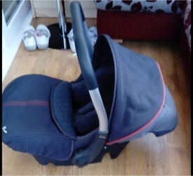 Baby Car Seat suitable from birth £25 Ono