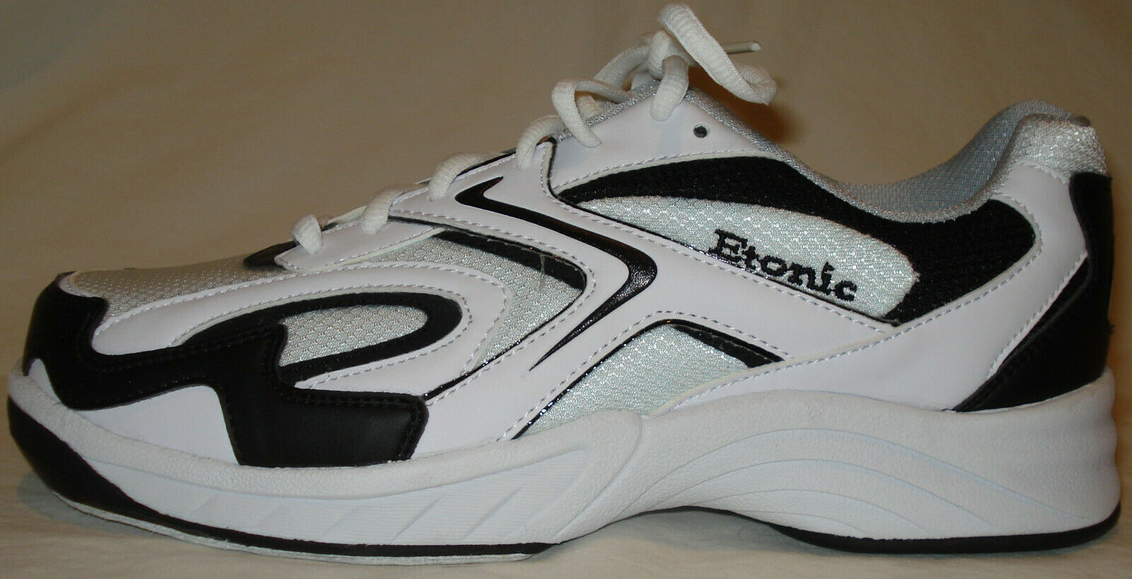 blaster bowling shoes