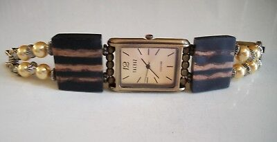 Antique Wood look with pearls dressy/casual women fashion unique rich watch