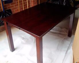 Mahogany Extendable Dining Table - seats up to 6 people (8 when extended).