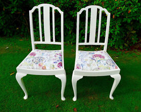 A Pair of Voyage Covered Chairs in Hedgerow Fabric