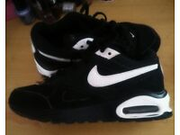 Kids as new nike air max trainers