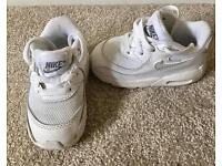 Toddler Nike air max trainers - white