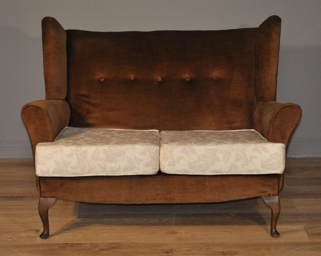 stylish parker knoll style upholstered 2 seat sofa couch settee for