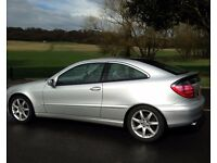 2003 AUTOMATIC MERCEDES-BENZ C180 KOMPRESSOR SE*PANORAMIC ROOF*11 MONTHS MOT*A/C*LEATHER*HPI CLEAR