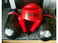 Protective head guard and gloves set for martial arts..