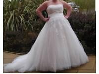 stunning wedding dress size 20