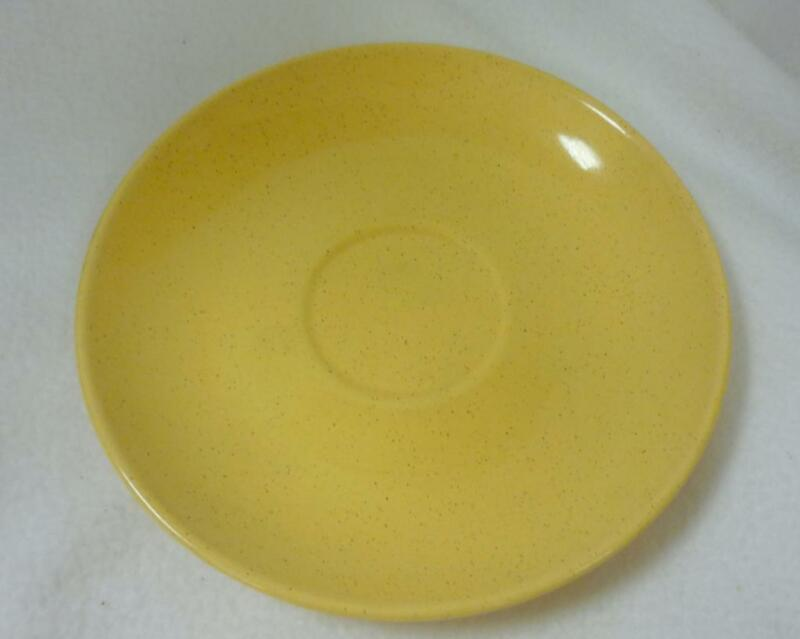 VINTAGE TAYLOR SMITH TAYLOR PEBBLEFORD SAUCER PLATE HONEY