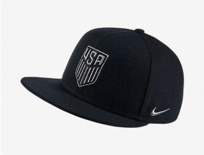 newest 40869 e63fd Nike Unisex USA Black Silver Cap Adjustable Hat Snapback 728924 010