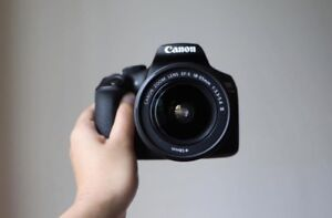 Canon t6 like new with box