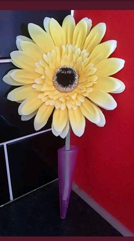 Vw Beetle Flower With Vase In Castleford West Yorkshire Gumtree