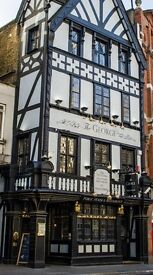 The Strand - Beer passionate Bar staff needed - The George