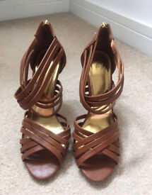 BRAND NEW H&M shoes Size 6