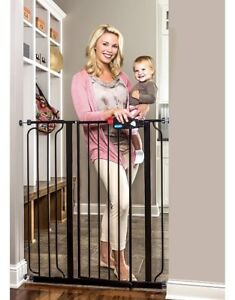 Extra tall baby or pet gate
