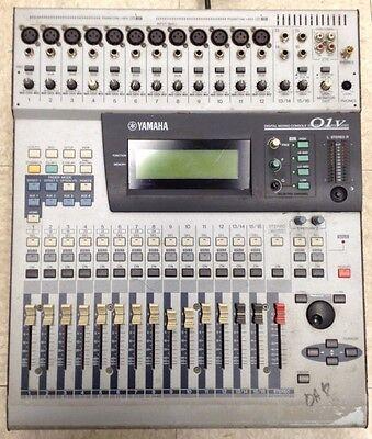YAMAHA 01V DIGITAL MIXING CONSOLE 24 CHANNEL MIXER+OPT I/O DIGITAL MY8-TD for sale  Hempstead