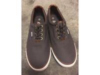 Size 7 men's shoes