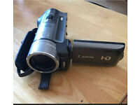 Canon HF100 high definition camcorder - with carry bag