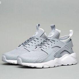 Nike Huraches SIZE 12