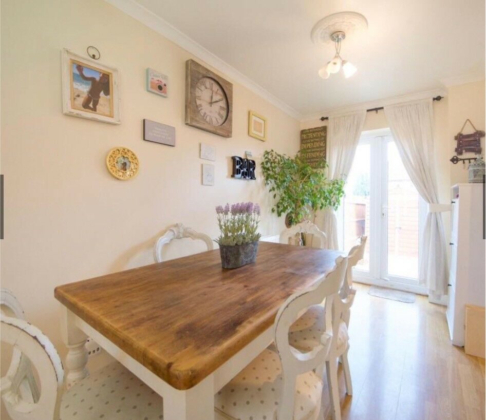 French Shabby Chic Distressed Dining Table With 6 Chairs In North West London Gumtree