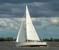 Open to offers on a easily moving in & out 30' sailboat