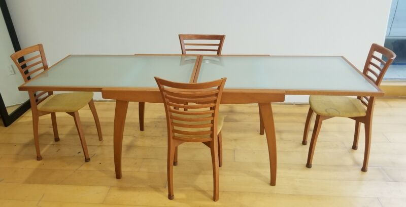 Italian Calligaris Glass Contemporary Dining Table With 4 Chairs