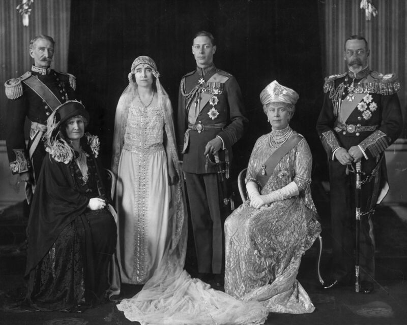 New 8x10 Photo: Wedding of Future King George VI to Elizabeth Bowes-Lyon, 1923
