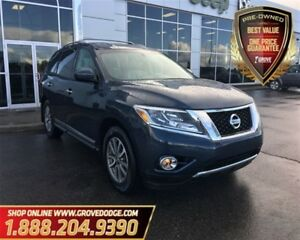 2014 Nissan Pathfinder SL| 4WD| Leather| Navigation| CD Player