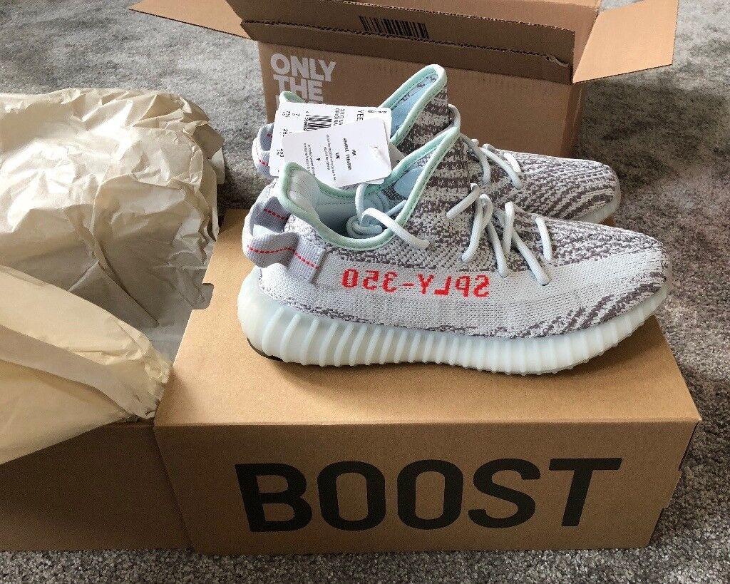 01528d0372e Adidas Yeezy Boost 350 V2 blue tint size uk 7 brand new