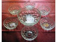 7-piece Glass Dessert Set - Serving Bowl and 6 Dessert Bowls
