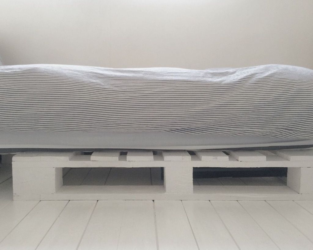 Upcycled White Pallet Bed Base HOVAG Ikea Single Mattress Day