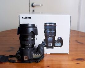 Canon 6D with 24-105 F/4L IS USM Original Box and Spare Batteries