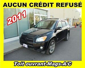 2011 Toyota RAV4 **Toit ouvrant**Mags**A/C