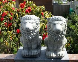 Classic Windsor Gate Post Lions - Pair of Stone Statues (Hand Cast)