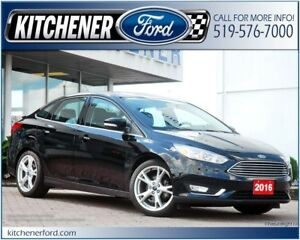 2016 Ford Focus Titanium Titanium/LEATHER/HTD MIRRORS/ROOF/NAVI