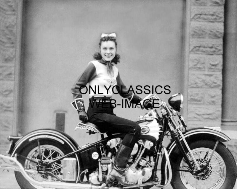 1937 STUNT WOMAN MOTORCYCLE PIONEER DOT SMITH ON HER HARLEY DAVIDSON 8X10 PHOTO