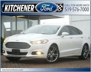 2014 Ford Fusion Titanium ONLY 32K KM'S!/AWD/CAMERA/NAVI/LEAT...