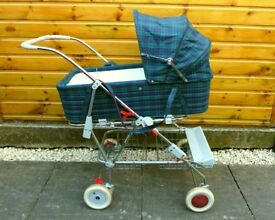 Silver Cross Wayfarer pram / carrycot, can deliver for free