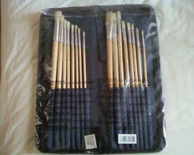 Unopened Set Of 16 Artists Paintbrushes