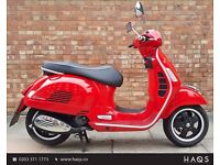 15 REG Piaggio Vespa GTS 300 Super, Showroom Condition, ONLY 892 miles