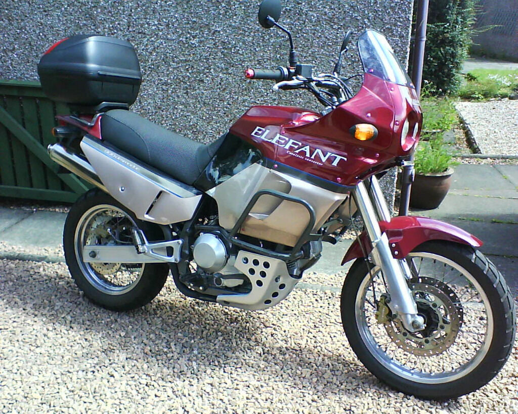 Cagiva Elefant 900, big adventure trail bike with Ducati engine. Like  Tenere, Transalp
