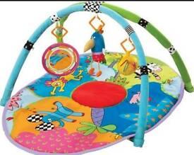 BRAND NEW Taf Toys safari gym / play mat