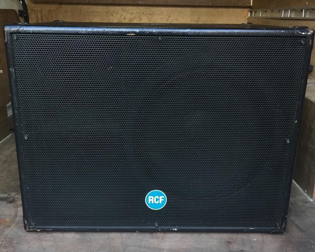 RCF ESW1018 Event Series 18 Inch Passive Bass Bins ( pair )   in Barnsley,  South Yorkshire   Gumtree