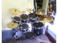 Drum Kit - 6 drum, 6 cymbal custom kit :: OPEN TO OFFERS