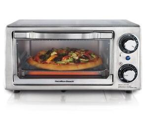 Hamilton Beach 31138C 4-Slice Toaster Oven, Stainless Steel