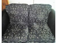 GORGEOUS 2 SEATER LEATHER LOOK SETTEE - BARGAIN £70