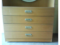 Tall dresser unit / chest of drawers with mirror